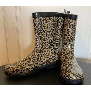 Capelli NY Beige Black Cheetah Print Rubber Water